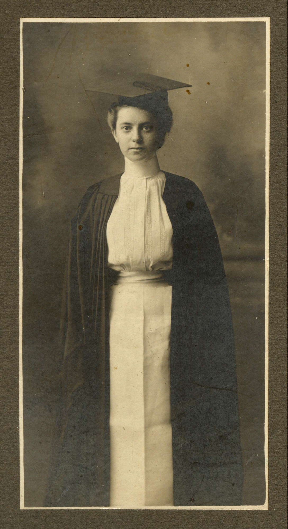 Caroline_Agnes_Boa_Mt_Holyoke_1901_a.jpg