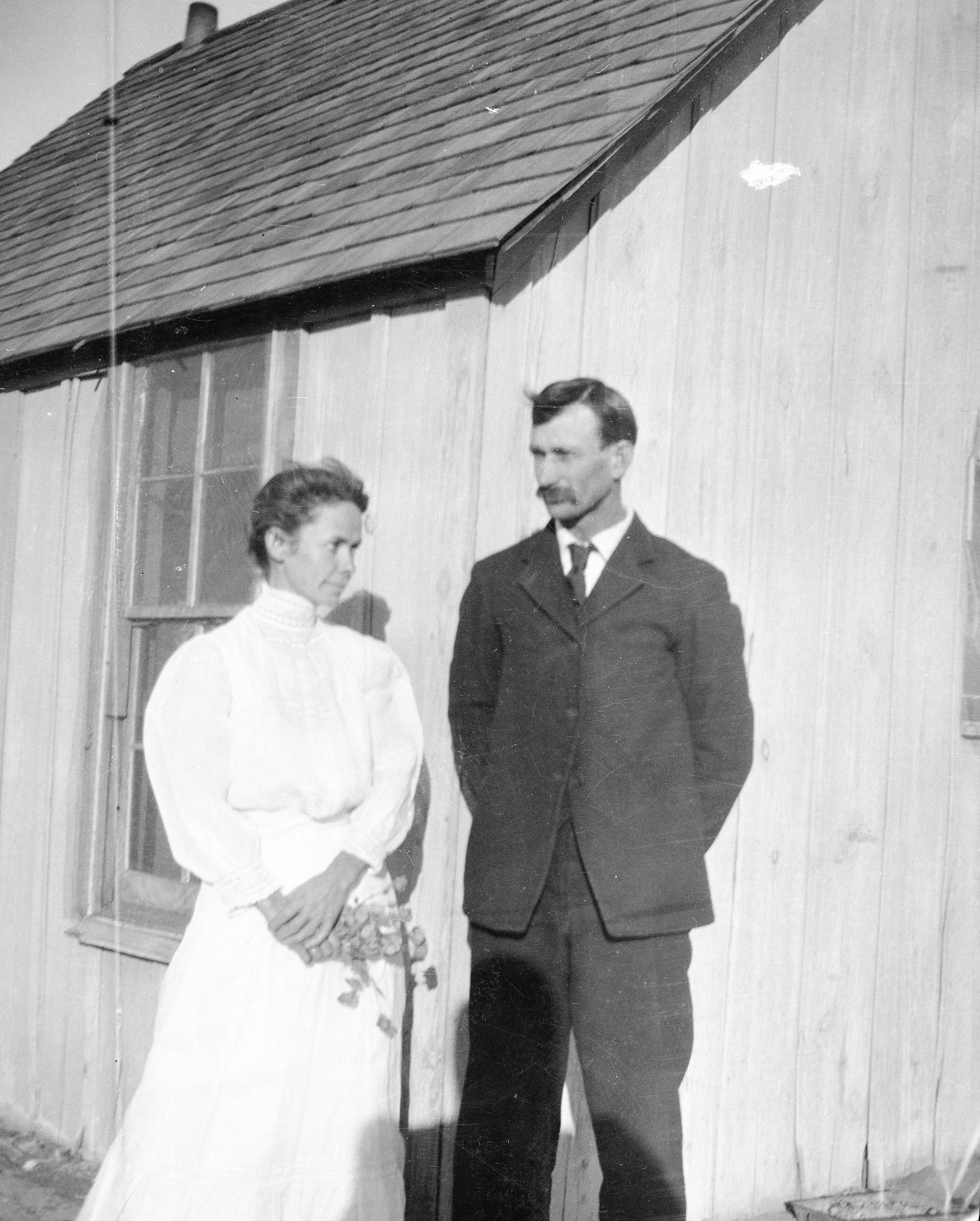 Caroline and Will Henderson on their wedding day, May 1908
